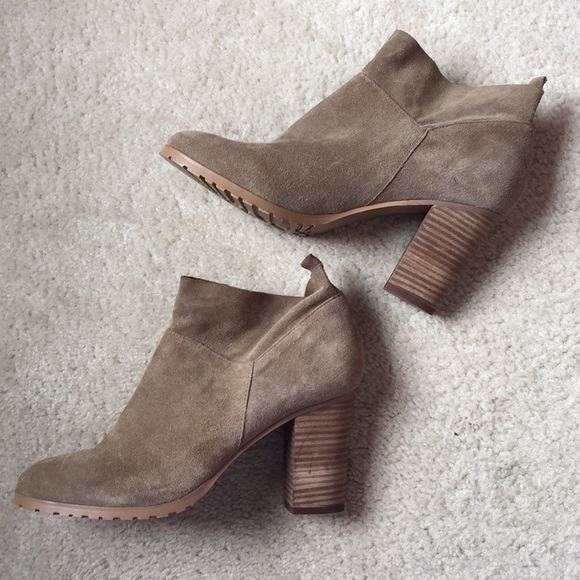 Crown Vintage Tan Suede Leather Ankle Boots